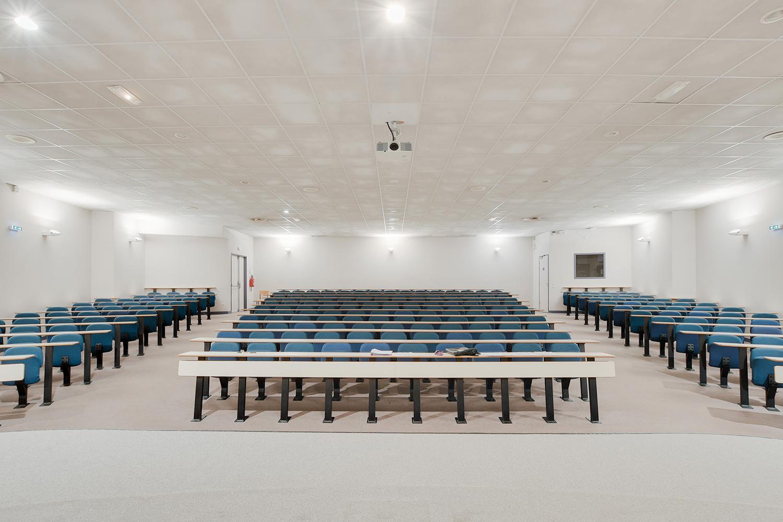 amphithéatre - lycée SMP