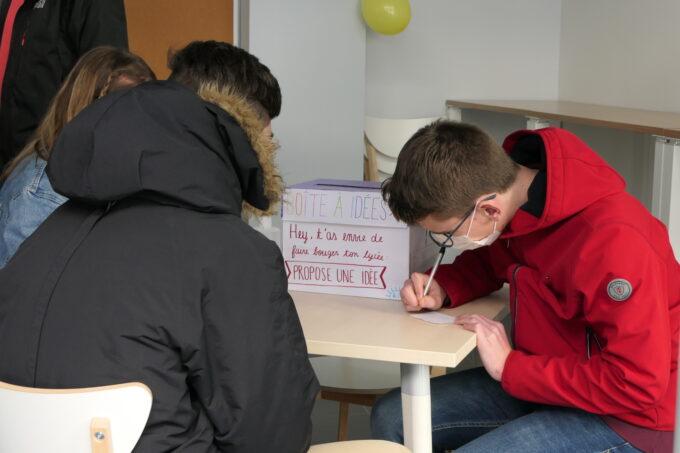 Maison des lycéens - boite à idées
